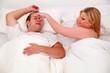 Schnarchen - Paar im Bett