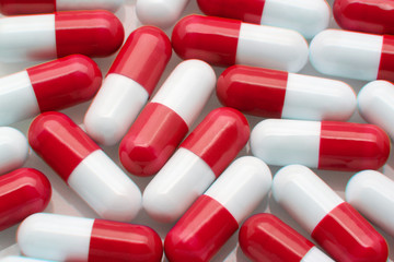 capsulas rojas