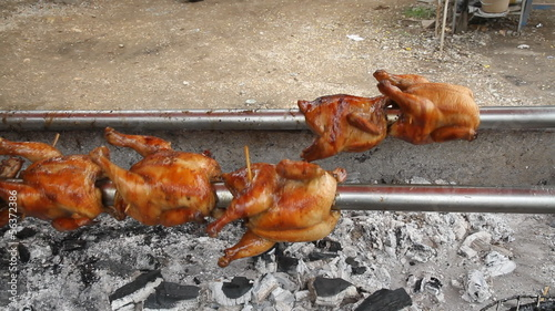 Grilled chicken/Rotating machine are grilled chicken, whole chic