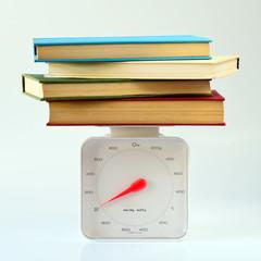 Libros Apilados Sobre Báscula En Fondo Blanco