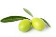 Due olive verdi mature