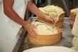 fasi preparazione formaggio