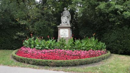 Frankz Schubert statue, Vienna