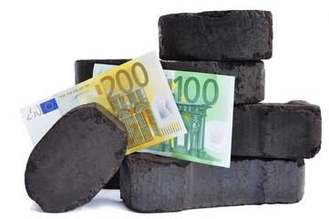 Geldscheine mit schwarzer Kohle