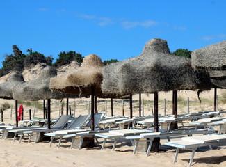 paesaggio in Sardegna, mare e monti