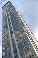 Grattacieli e palazzi di città avanzate