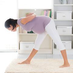 Pregnant yoga.