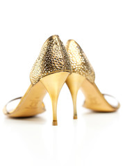 goldene Stöckelschuhe