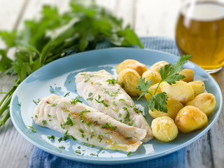 steamed cod with parsley and potatoes