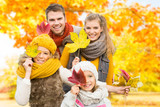 Fototapety family time in nature leaft autumn