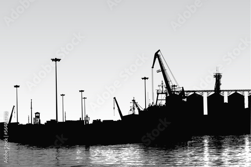 Silhouette of panoram of port