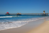 Fototapety Huntington beach Pier Surf City USA with lifeguard tower