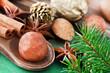 Weihnachten - Marzipan und Gewürze