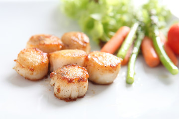 close up of pan seared sea scallops