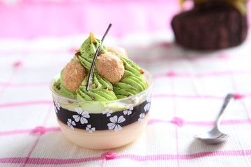 Green tea pudding