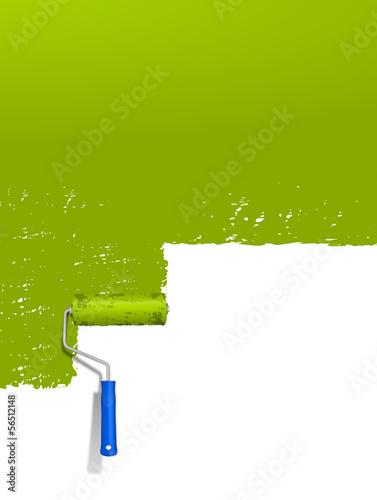 Grüne Wand mit Farbroller