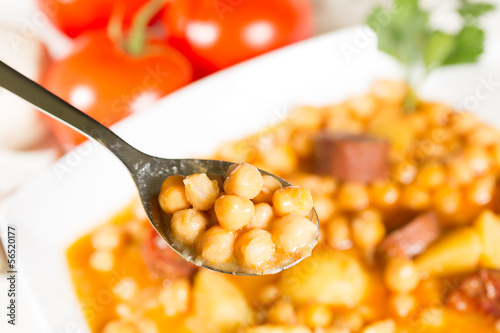 Chickpeas with sausage