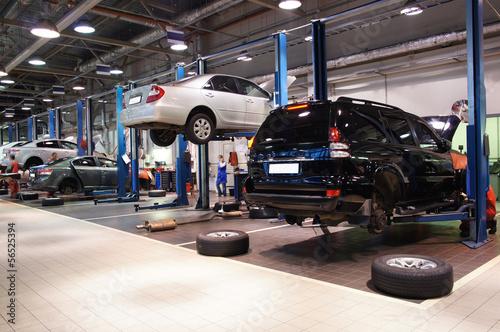 repair garage - 56525394