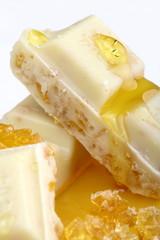Cioccolato bianco al miele