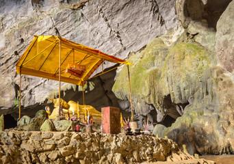 Tham Phu Kham Cave near Blue Lagoon - Vang Vieng, Laos PDR