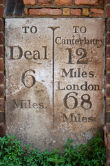 Milestone to London, Canterbury and Deal
