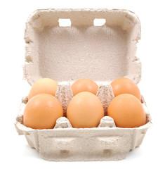 Vaschetta di sei uova di fronte
