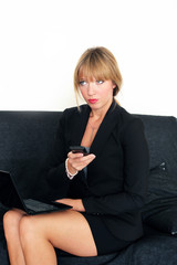Sitzende Businessfrau