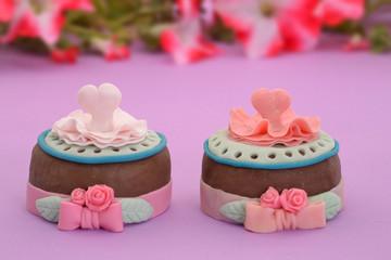 dulces y tortas para la fiesta infantil.