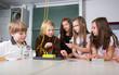 Versuch im Physik-Unterricht