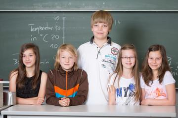 Schüler im Physik-Unterricht