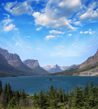 Fototapety Sunset at St. Mary Lake from Wild goose island viewpoint, Glacie