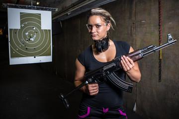 shooting on the range to target