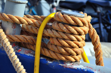 rope securing boat