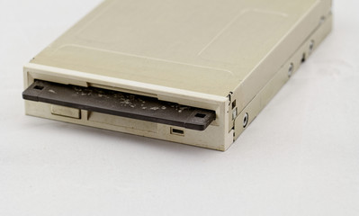 Floppy disk drive and diskette