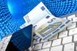 Leinwandbild Motiv Geldscheine, Smartphone, Tastatur vor Datentunnel des Internets