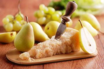 formaggio parmigiano con le pere