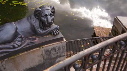 Lion's wharf