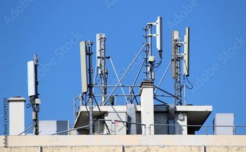 Leinwanddruck Bild Antennes relais de téléphonie mobile