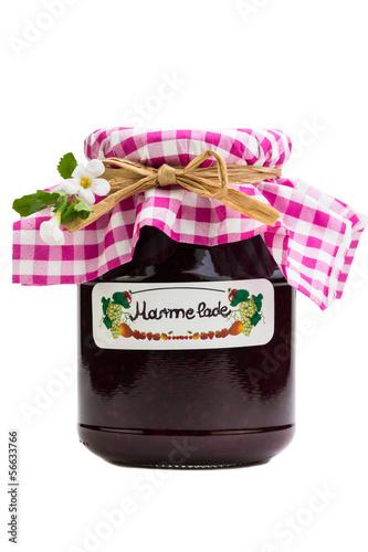 Glas mit selbstgemachter Marmelade