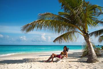 Girl on the beach (Maldives Lhaviyani Atoll)