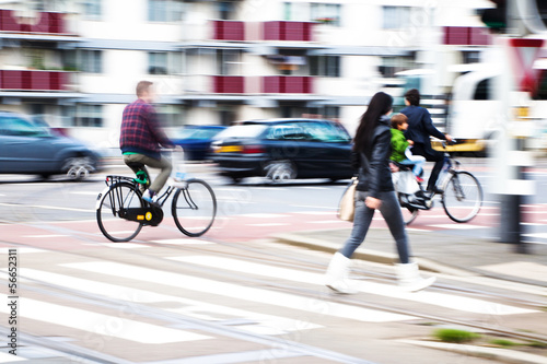 canvas print picture Fußgänger und Straßenverkehr
