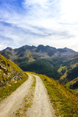 Strada di montagna e panorama