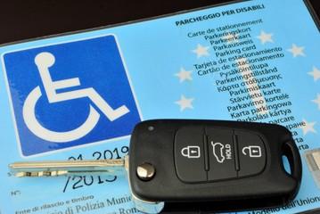 Contrassegno parcheggio disabili modello europeo
