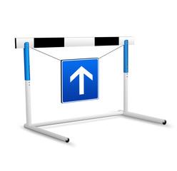 Hürde mit Schild und Pfeil nach oben