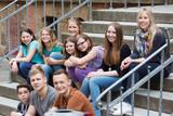 Fototapety Unterricht draußen auf dem Schulhof