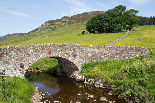 Schottland, Steinbrücke in den Highlands