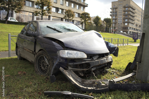 car collision with a pillar lighting
