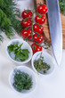 Tomaten und Kräuter
