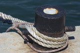 Ships mooring bollard with heavy duty mooring ropes