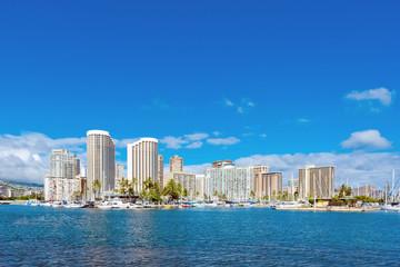 View of Waikiki and Diamond Head from Ala Moana Beach Park, acro